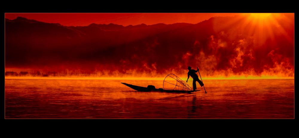 Landscape_Red-Dawn_125344